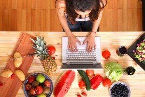 Food Blog 300x200 - Venta de alimentos en línea crece a pasos agigantados.