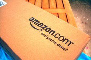 Gap vende en Amazon 300x200 - Gap ya está considerando vender en Amazon.